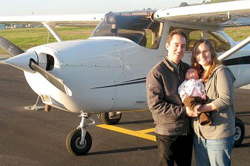 Dan & Ellen with the Cessna 172